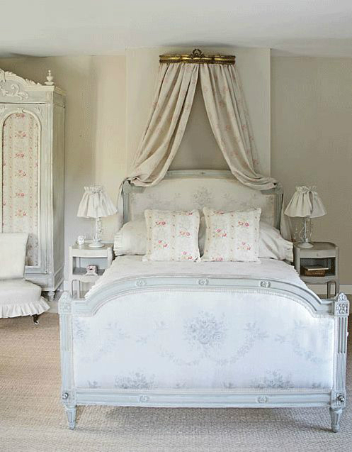 30 shabby chic bedroom decorating ideas decoholic for Chambre style shabby chic