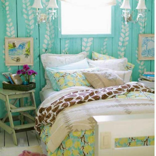 teal wall bedroom