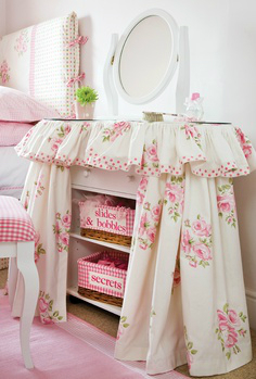 white and pink bedroom colors