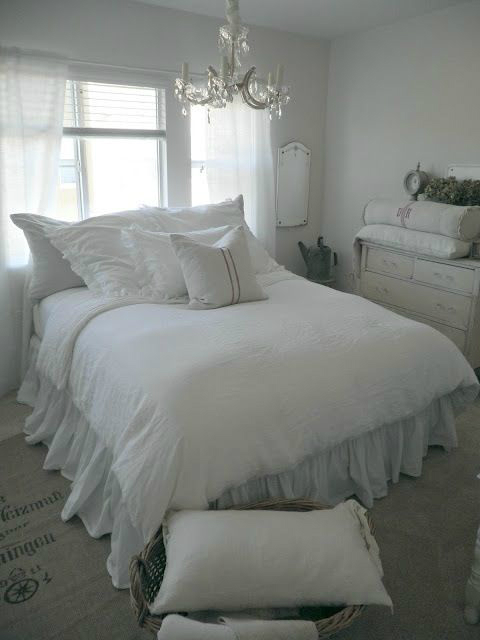 Shabby Chic Bedroom Decorating Ideas 9