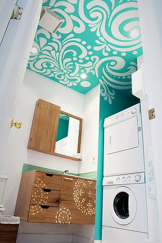 small bathroom laundry room  design idea