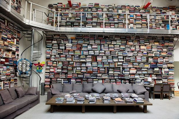 decorating ideas with books 14