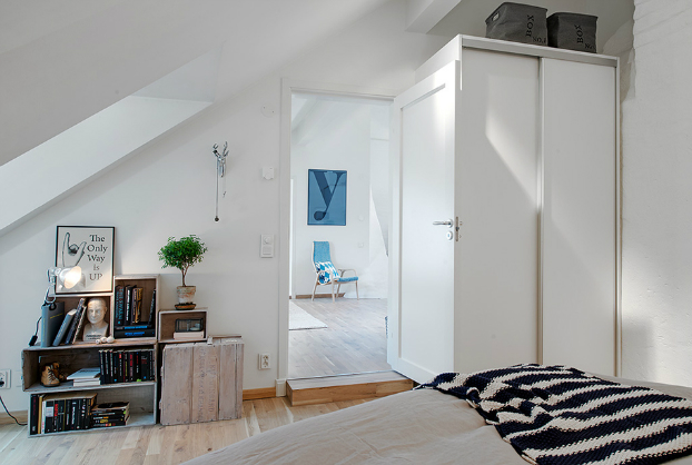 bright scandinavian attic 15