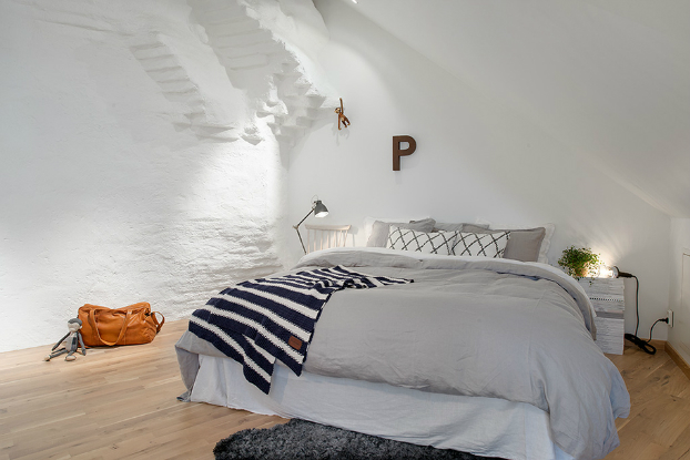 bright scandinavian attic 16