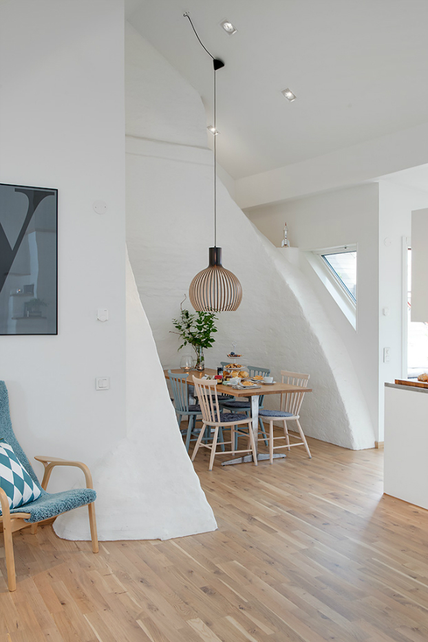 bright scandinavian attic 6