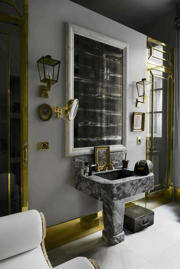21 unique bathroom designs decoholic for Unique small bathroom designs