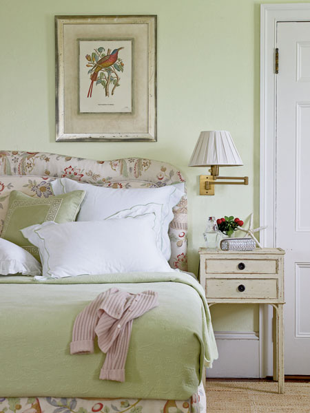 English garden inspired bedroom 28