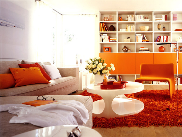 bold-orange-beige-color-living-room-decorating-idea