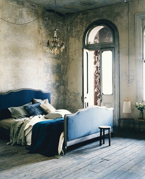 Dramatic Bedroom Ideas 8