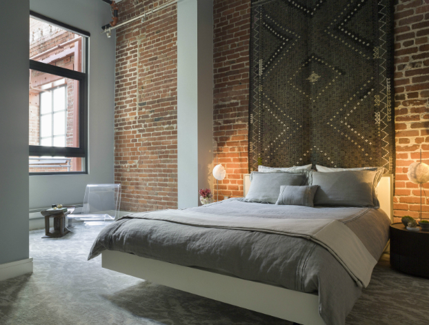 Clean Simple and Beautiful Loft