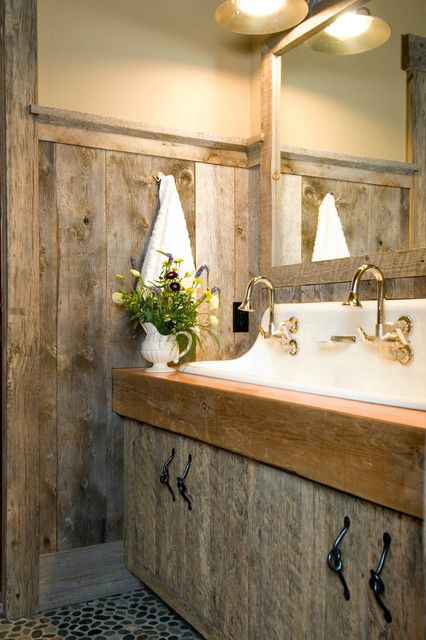 Rustic Bathroom Design 11