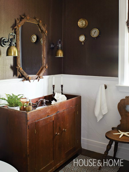 Rustic Bathroom Design 35
