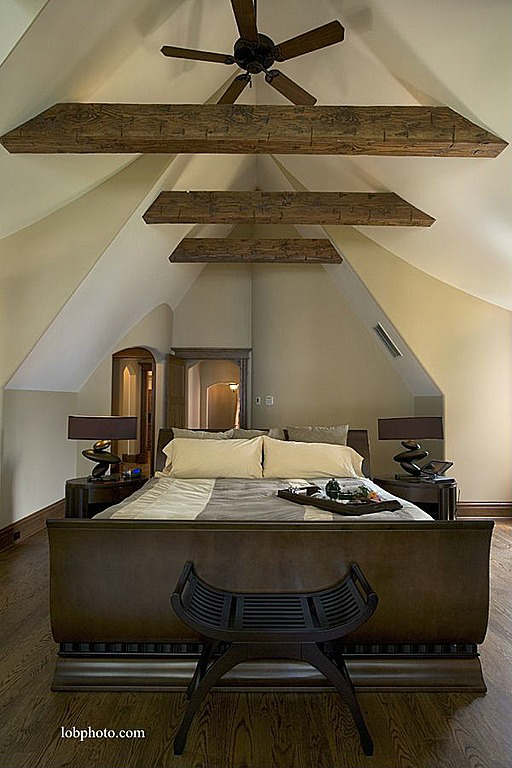 Rustic Bedroom Decorating Idea 26