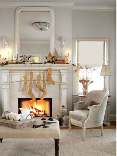 Christmas living room country decorating idea 15