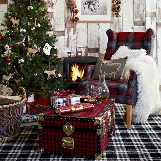 Christmas living room country decorating idea 3