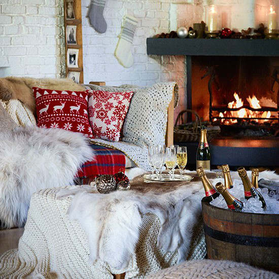 Christmas living room country decorating idea 6