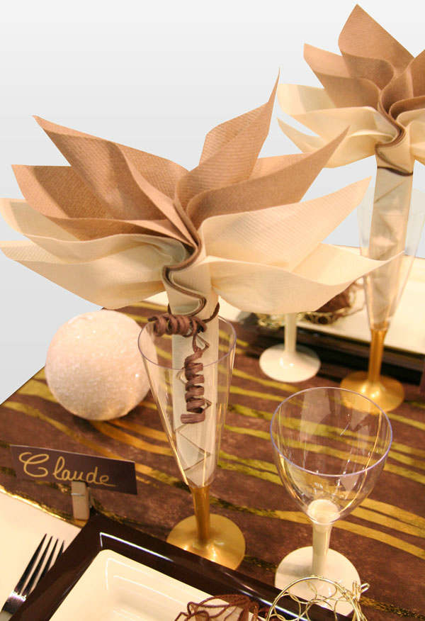 Christmas Table Decoration Ideas 25