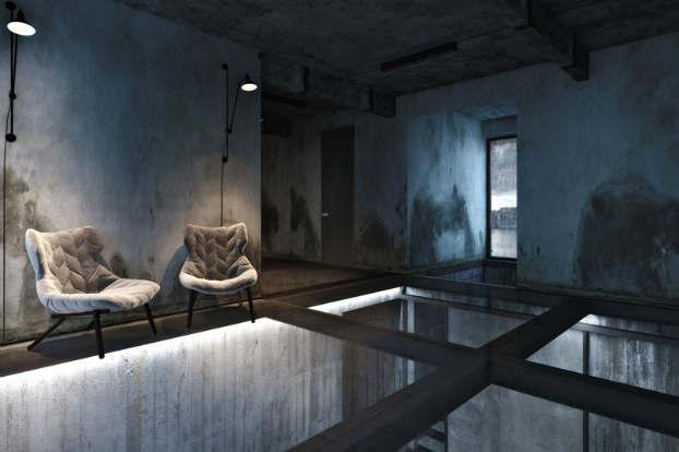 Cool Dramatic Interiors 9