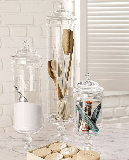 Ideas-To-Decorate-With-Apothecary-Jars-10