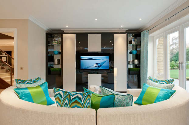 Interior Design With An Unmistakable Touch of Glamour 15