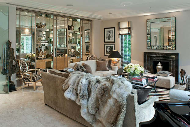 Interior Design With An Unmistakable Touch of Glamour 21