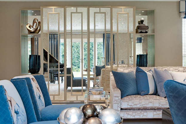 Interior Design With An Unmistakable Touch of Glamour 31