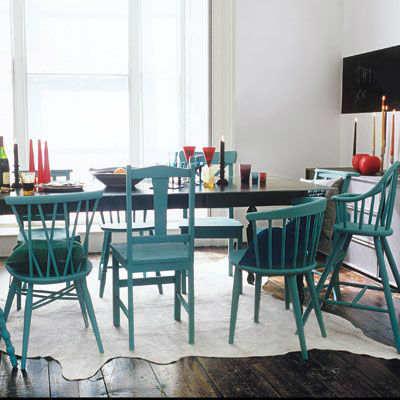 Beachy dining room furniture