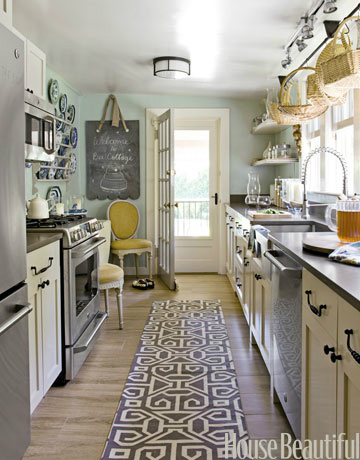 47 best galley kitchen designs decoholic for Cute yellow kitchen ideas