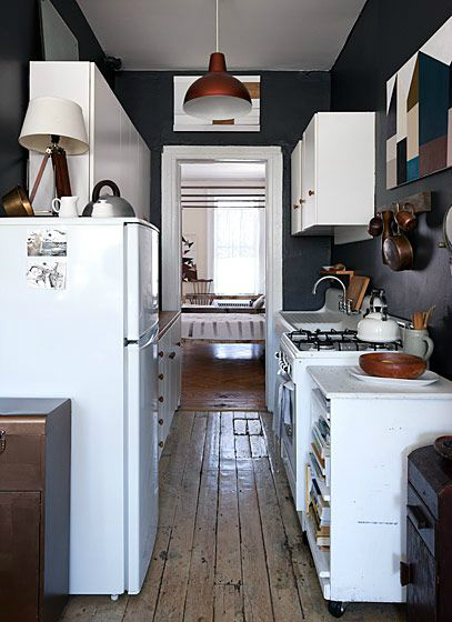 47 Best Galley Kitchen Designs 17