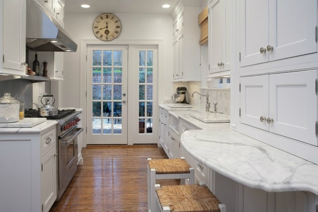 47 best galley kitchen designs decoholic for Traditional galley kitchens