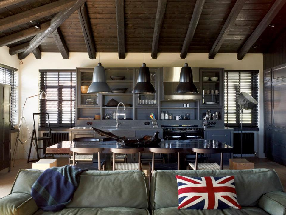 House That Combines Industrial and Traditional Style  : industrial traditional house interior design from decoholic.org size 960 x 720 jpeg 107kB
