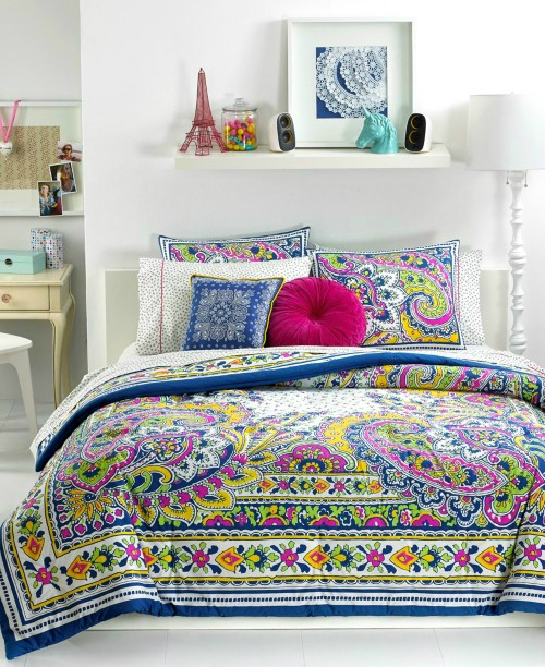 20 best multi colored spring bedding sets decoholic for Best color bed sheets