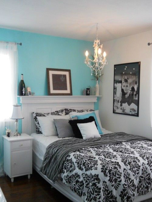 Tiffany black white bedroom color scheme