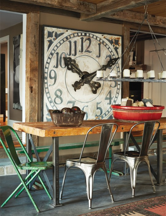 Rustic industrial home with a very particular design for Decoration murale industrielle