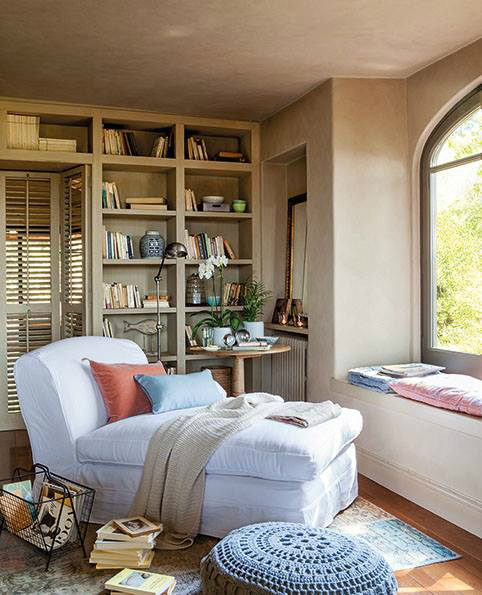 Beautiful Built In Bookshelves 28