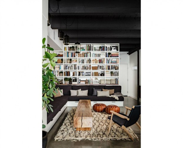 Beautiful Built In Bookshelves 9