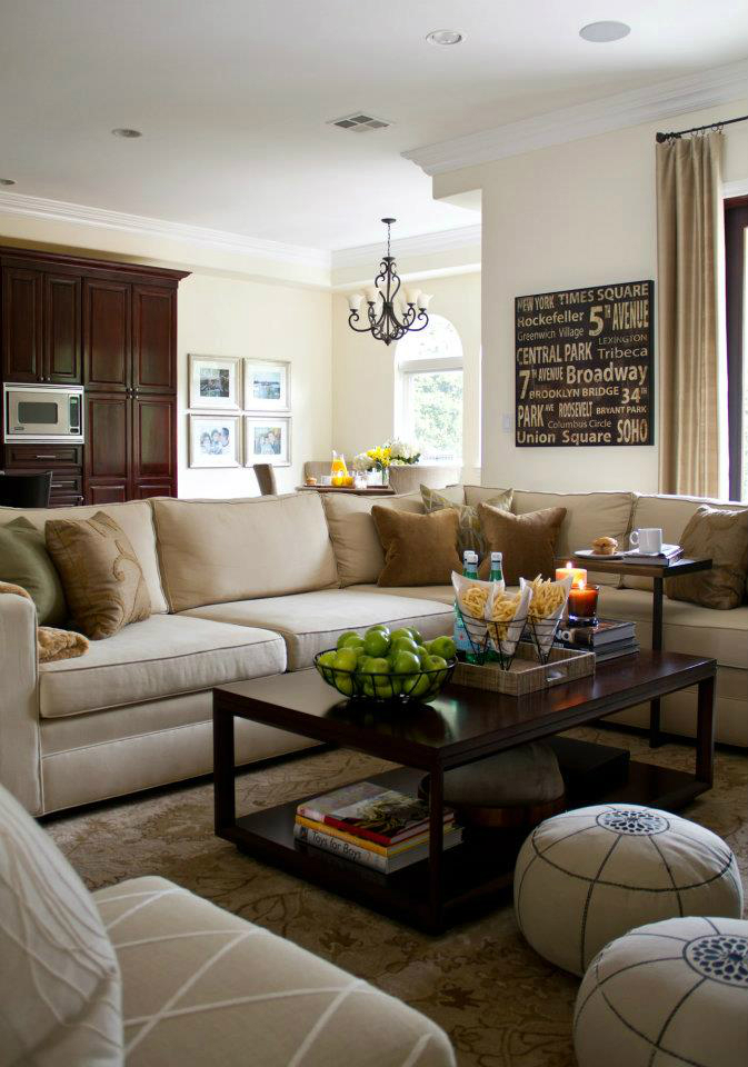 10 great ideas to help you add special touches to your for Family sitting room ideas