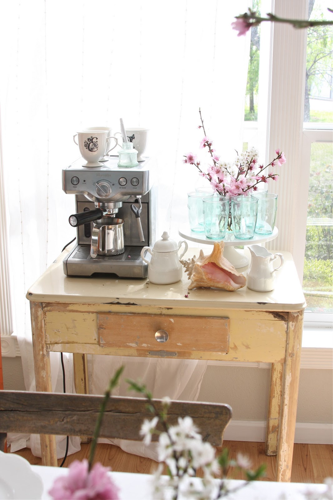 40 ideas to create the best coffee station decoholic home coffee station 40 watchthetrailerfo