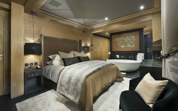 Le Petit Palais The Ultimate Luxury Ski Chalet 18