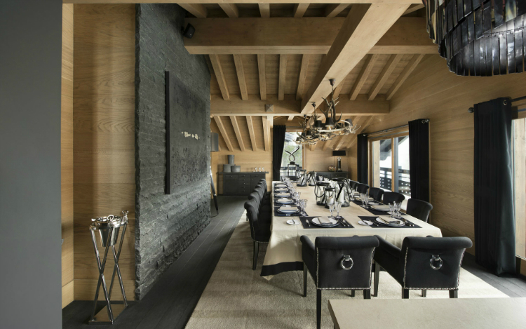 Le Petit Palais The Ultimate Luxury Ski Chalet 3