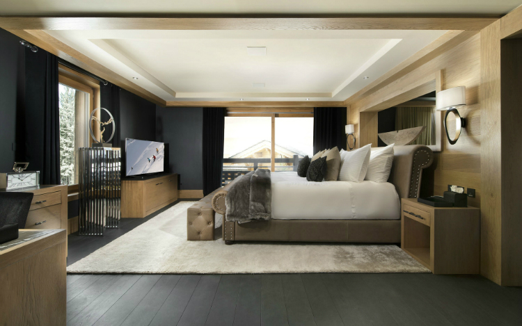 Le Petit Palais The Ultimate Luxury Ski Chalet 7
