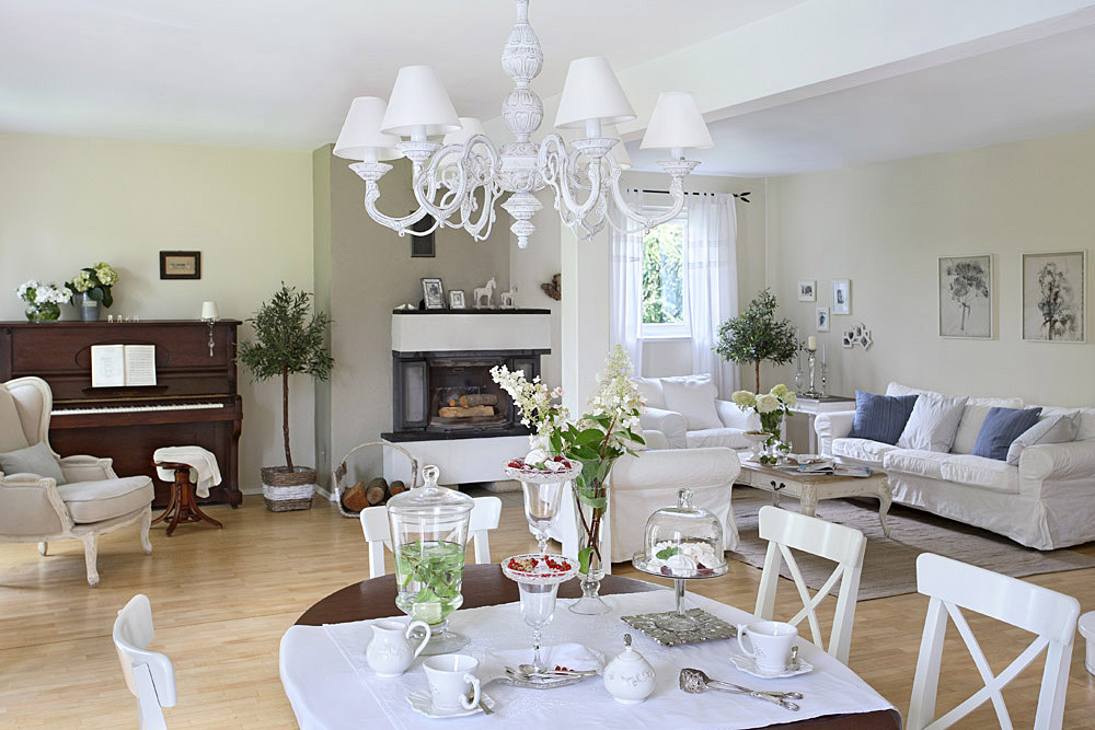 Romantic Country Shabby Chic Home 13