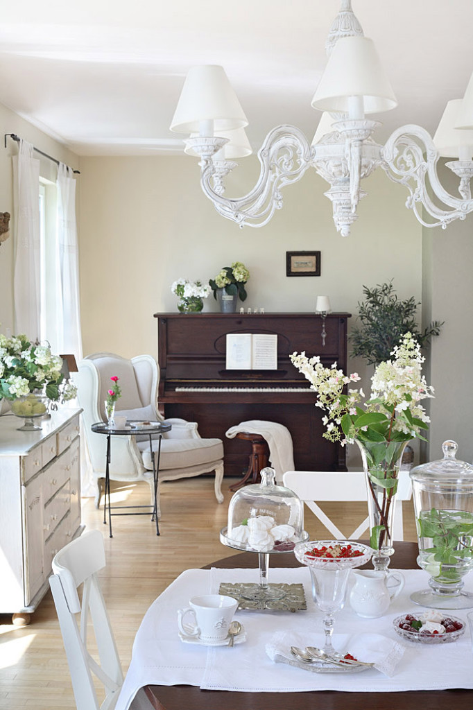 Romantic Country Shabby Chic Home 14