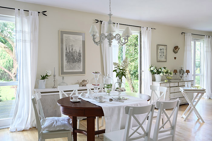 Romantic Country Shabby Chic Home 15