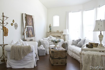 White Living Room Ideas 26