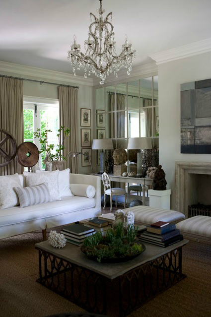 White Living Room Ideas 32