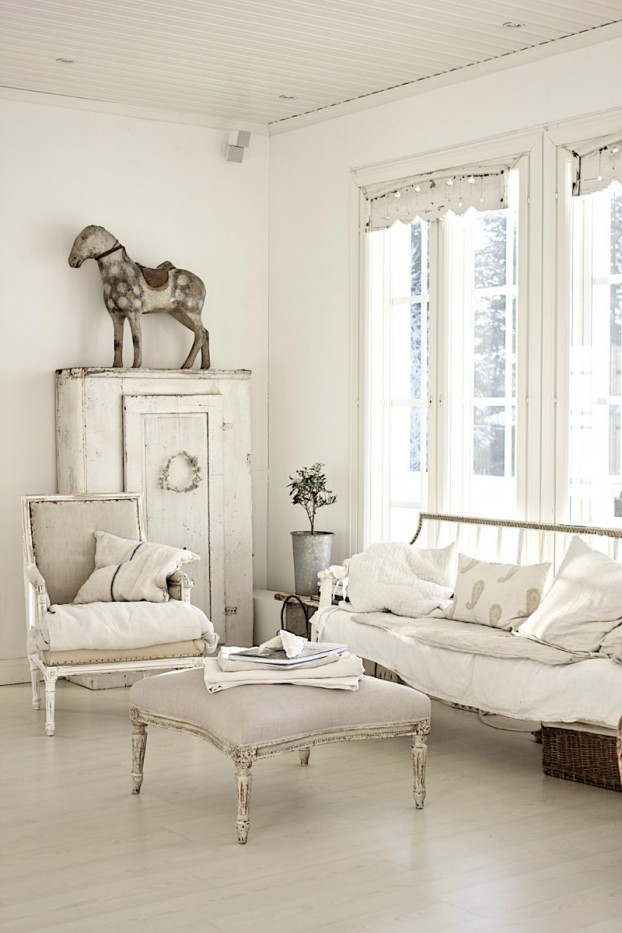 White Living Room Design: 64 White Living Room Ideas