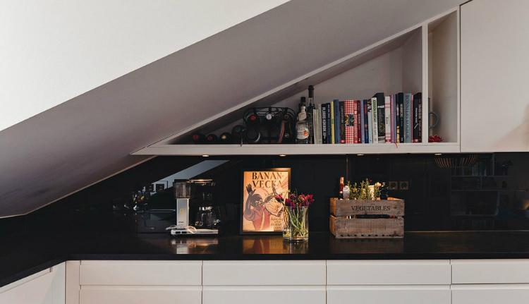 Modest Elegant Scandinavian Loft interior 3