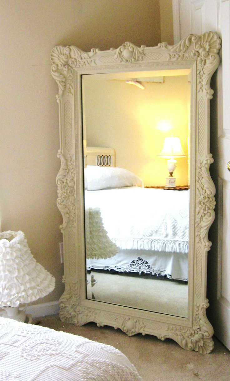 How to decorate a bedroom decoholic for Decorative bedroom mirrors