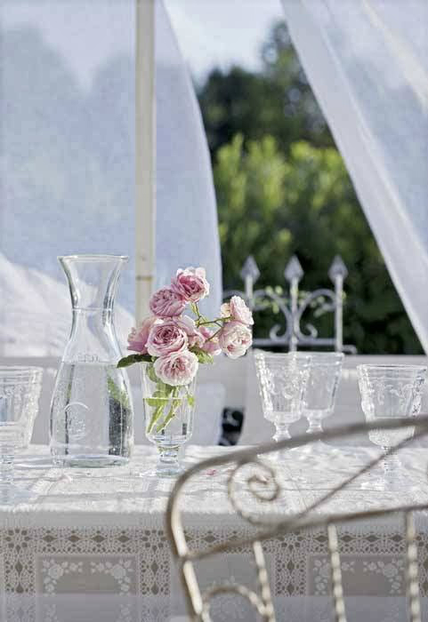 Shabby Chic Interior With Incredible Attention To Details 17